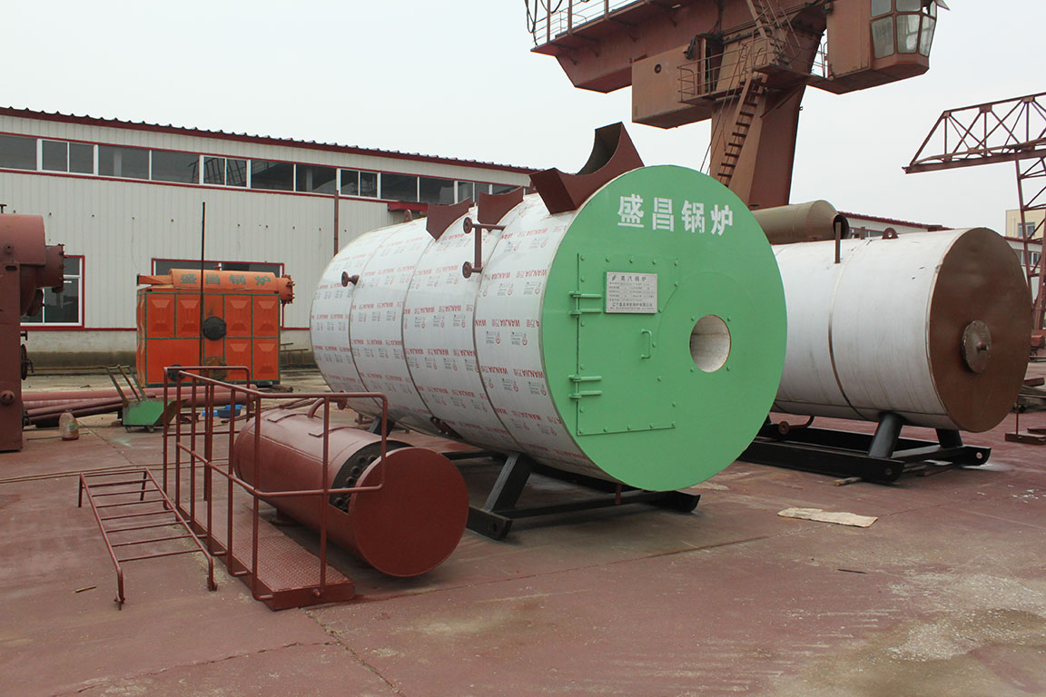 High efficiency and low stress horizontal internal combustion gas (oil) boiler